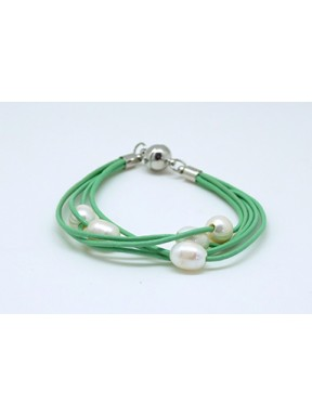Pulsera Cordon Verde Y Perlas